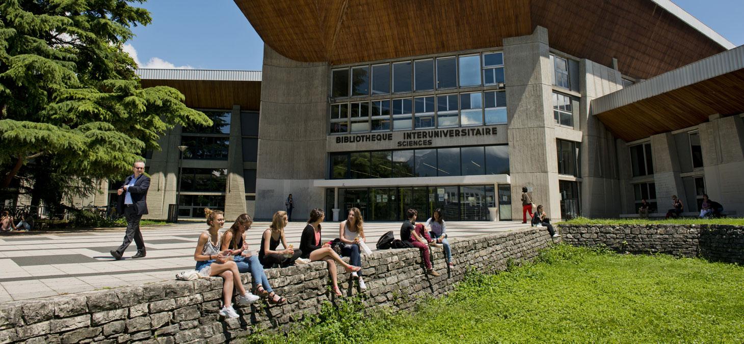 La bibliothèque universitaire Sciences de Grenoble