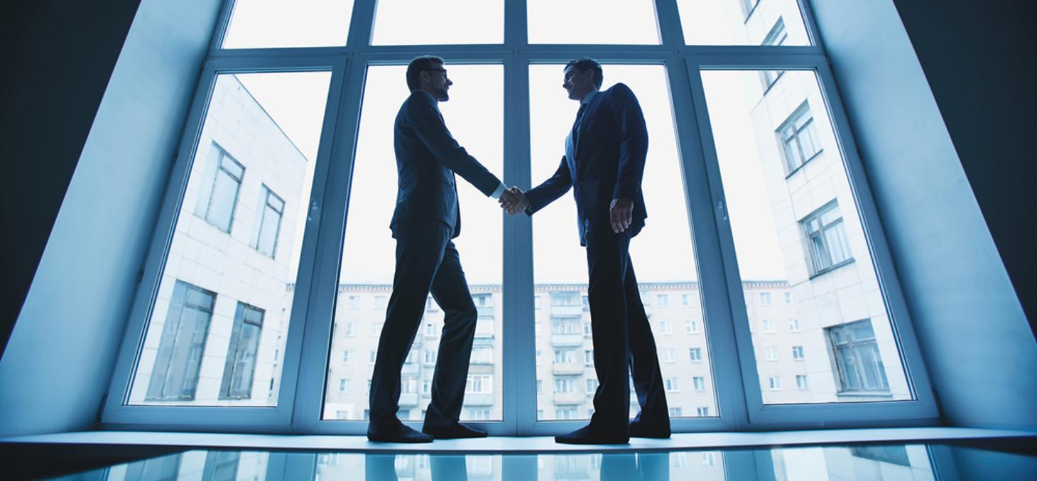 Entreprise, devenir fournisseur © Shutterstock