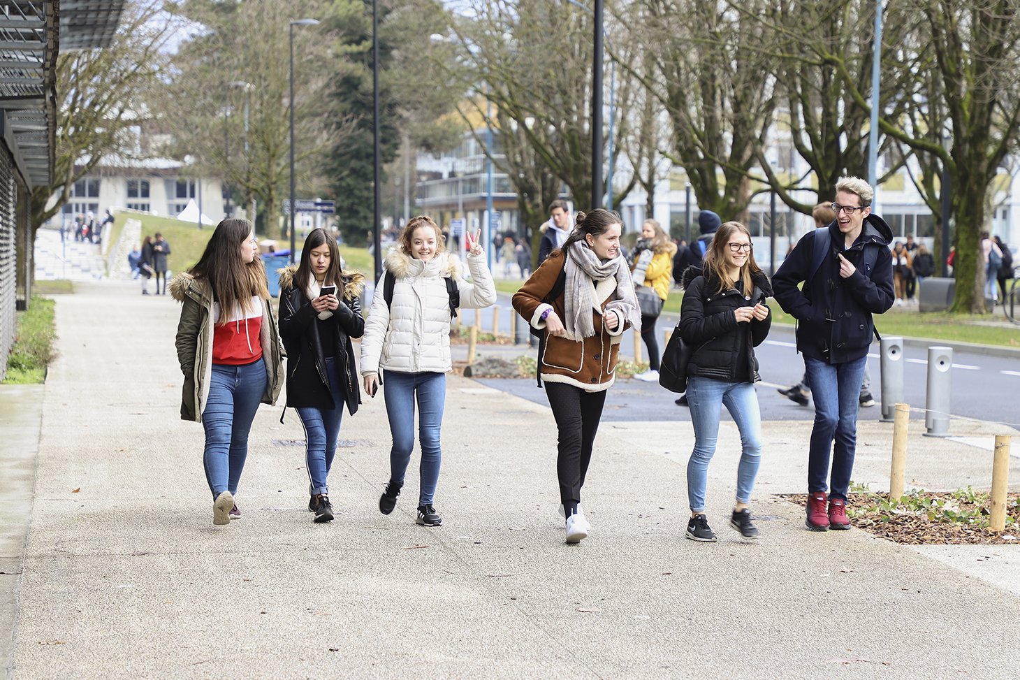 Étudiants sur le campus de Saint-Martin d'Hères