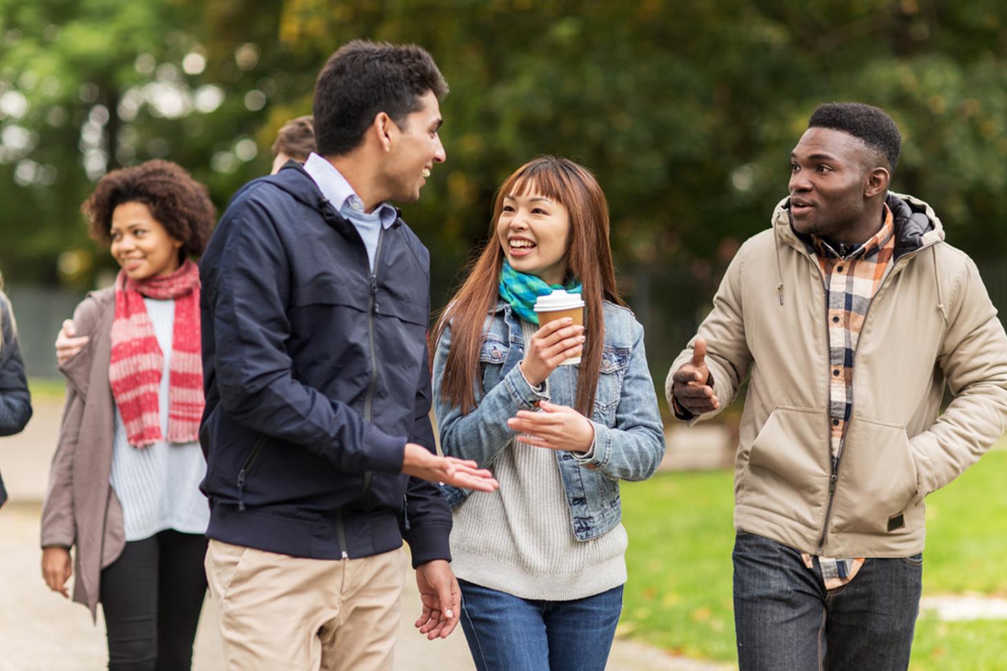 Des étudiants internationaux sur le campus de Grenoble
