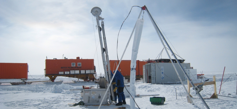 Site LOCK-IN en Antarctique central © Patricia Martinerie, CNRS/IGE/IPEV