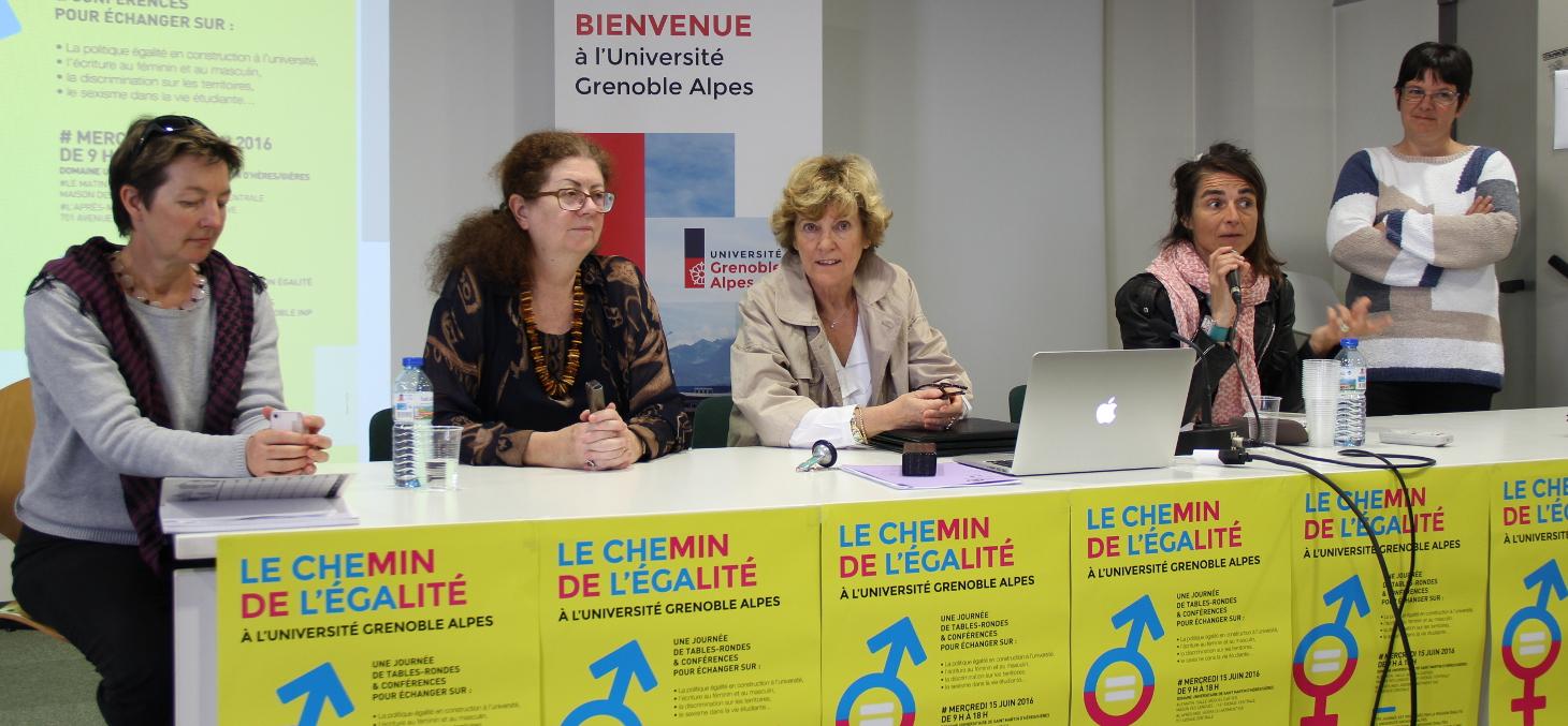 Bettina Debû, directrice ESPE de Grenoble, Lise Dumasy, présidente UGA, Claudine Schmidt-Lainé, recteur de l'académie de Grenoble, Fabienne Gillonnier, chargée de mission égalité USMB, Isabelle Schanen, chargée de mission mixité Grenoble INP