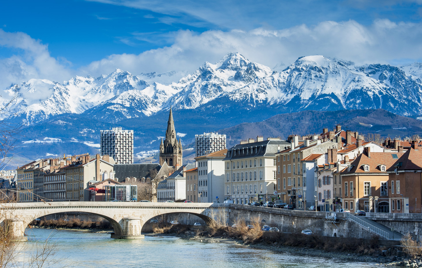 Come to Grenoble Alpes university