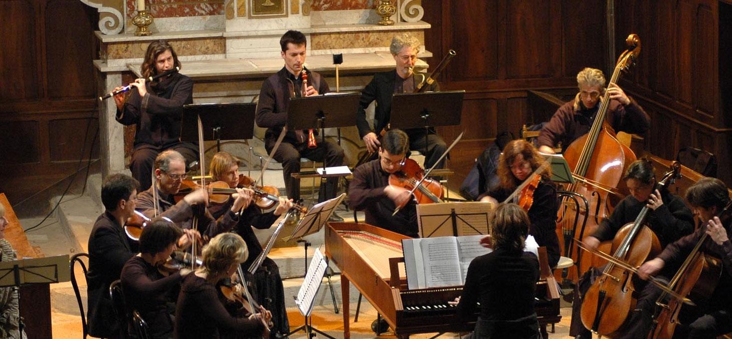 Concert des Musiciens du Louvre à St Bonnet de Chavagne (Isère) © Didier Degironde / Wikipedia, CC BY