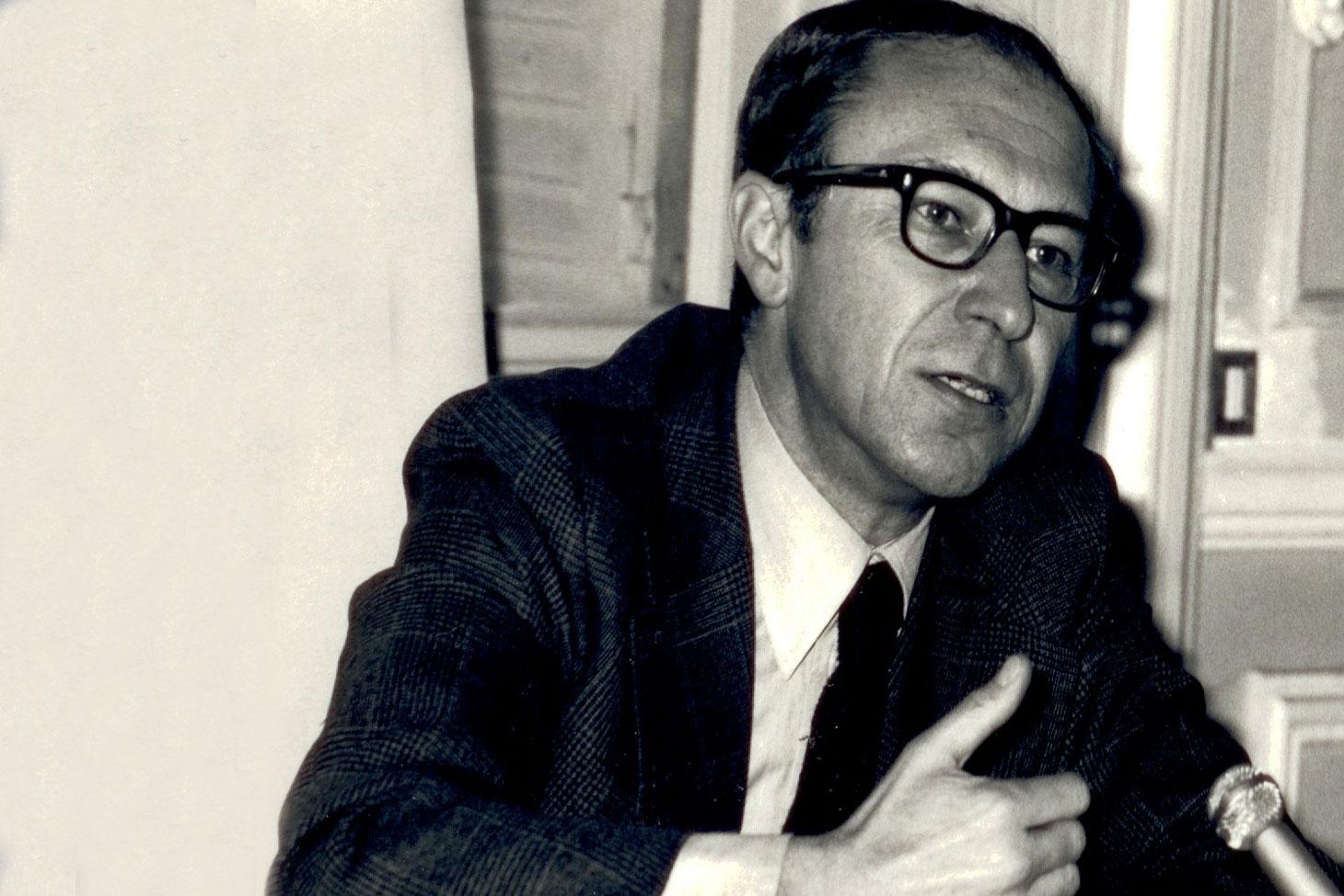 Le professeur Jean-Louis Quermonne dans les années 60