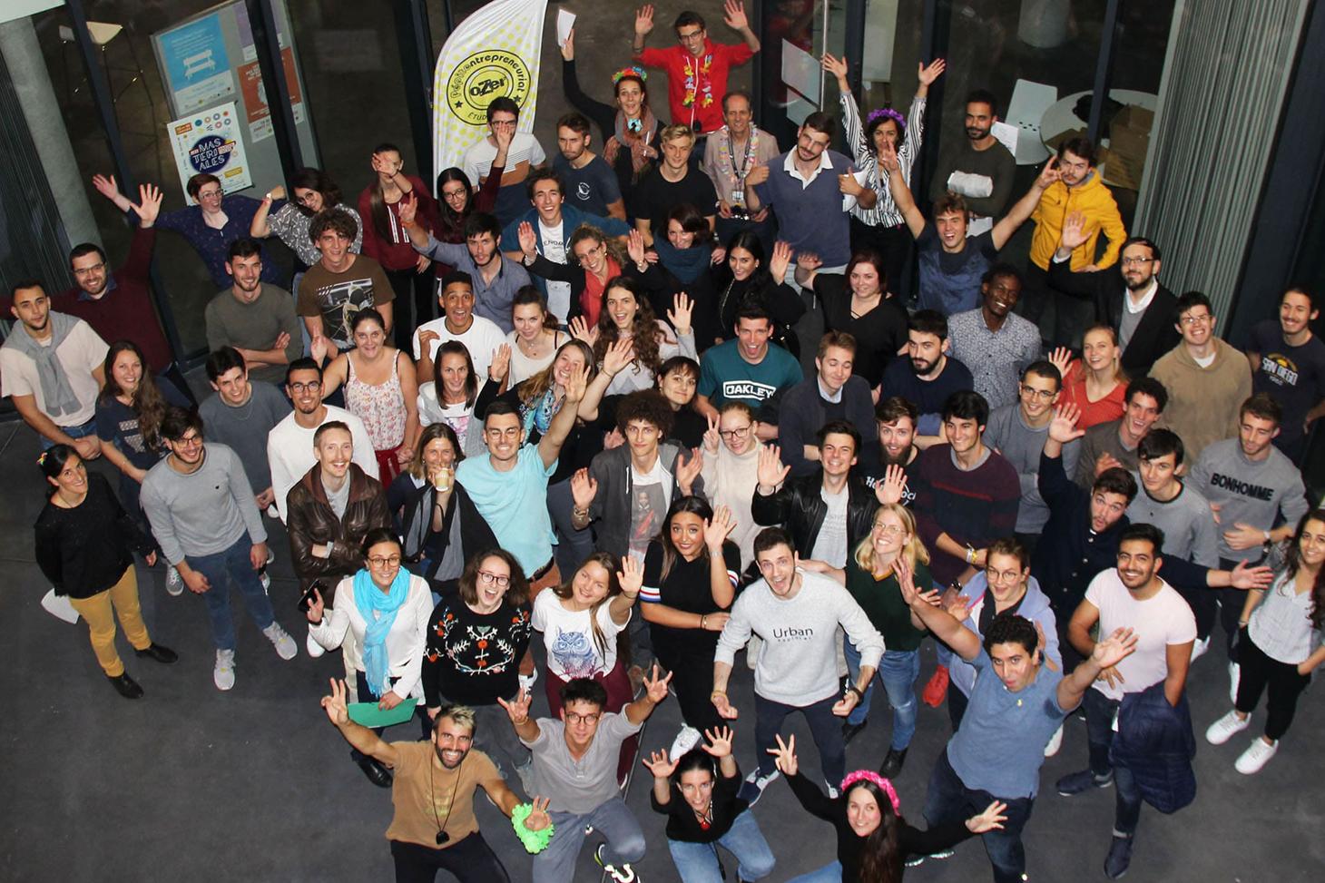 Promotion d'étudiants-entrepreneurs